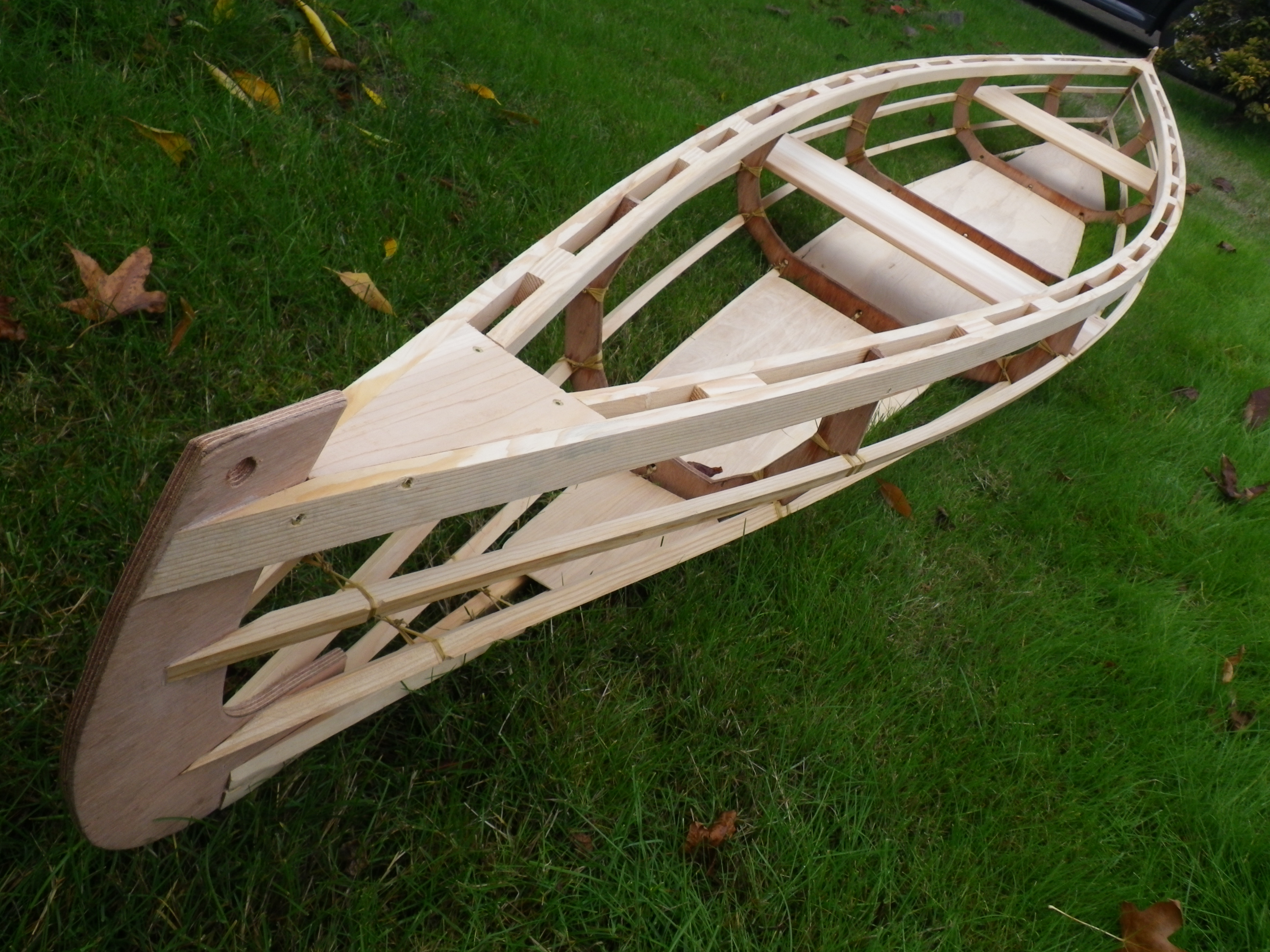 i made this one out of relatively heavy 12 hydrotek for the stems and frames and very green doug fir for the wales stringers and keel